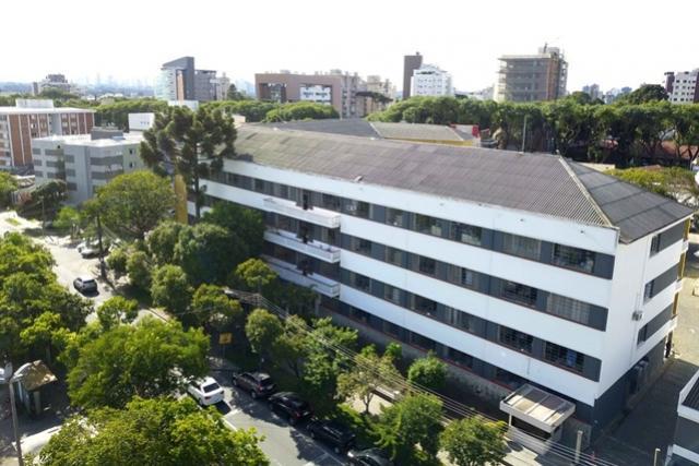 Matrícula para rede pública estadual do Paraná começa nesta terça-feira, 24