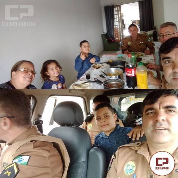 Policiais Militares do 7º BPM surpreendem fãs com almoço e passeio de viatura