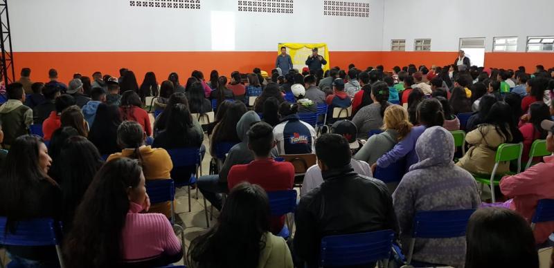 Japorã tem a primeira cartilha bilíngue sobre trânsito do Brasil