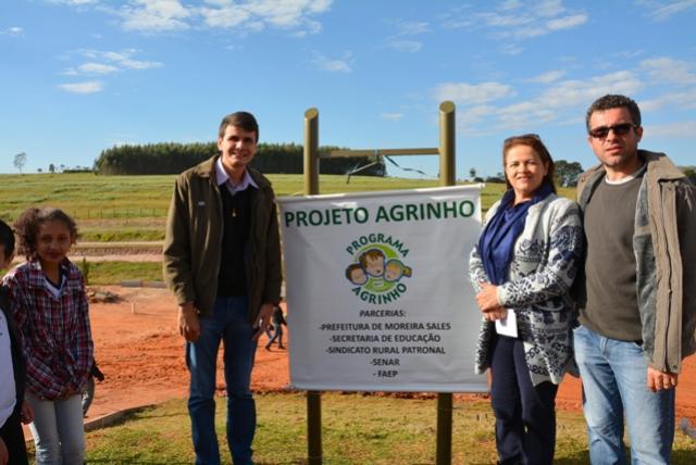 Projeto Agrinho em Moreira Sales realiza plantio de Árvores Nativas