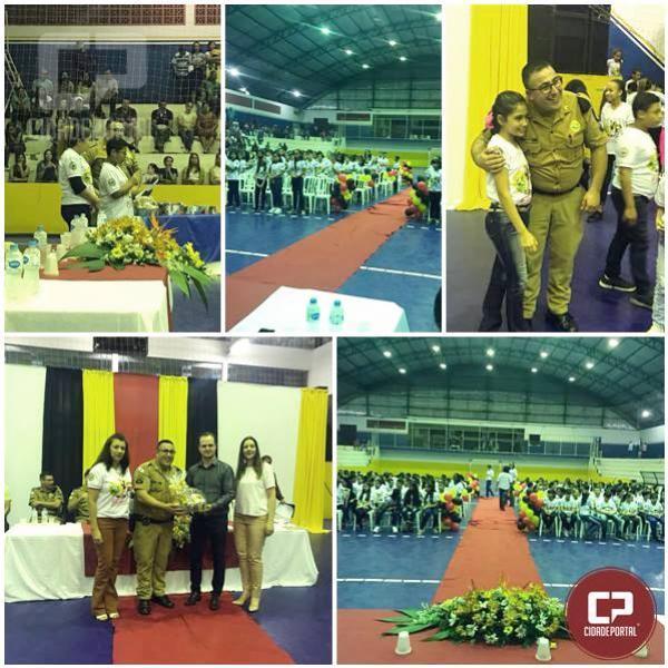 230 alunos do Proerd se formaram em Cidade Gaúcha nesta sexta-feira, 31