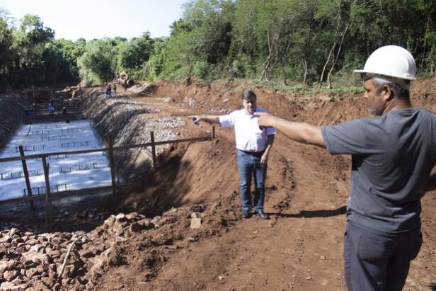 Obra emergencial, canal aberto do Bosque dos Xetá entra em nova fase em Umuarama