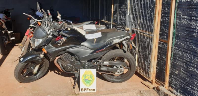 BPFron e  Exército Brasileiro apreendem motocicleta com adulteração em Guaíra