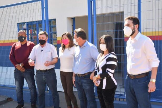 Secretário de Estado e prefeito acompanham finalização de UBS de Serra dos Dourados