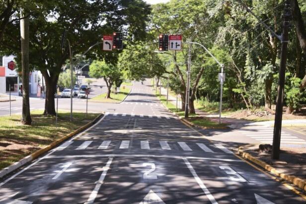 Umutrans alerta para desrespeito ao semáforo da Parigot com Rua do Bosque