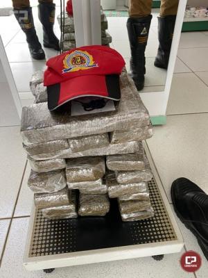 Durante Operação de Fiscalização PRE de Cruzeiro do Oeste apreende maconha em Umuarama