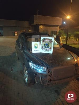 PF e BPFron apreendem veículos carregados com cigarros contrabandeados em Guaíra