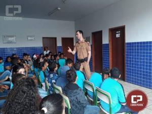 Policial de Iporã realiza palestra para alunos do Colégio Estadual Doutor Antenor Pâmphilo dos Santos