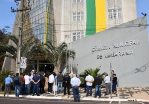 Câmara Municipal de Umuarama hasteia pavilhões em alusão ao 7 de Setembro