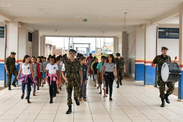 Umuarama terá neste sábado um dos  maiores desfiles de Sete de Setembro
