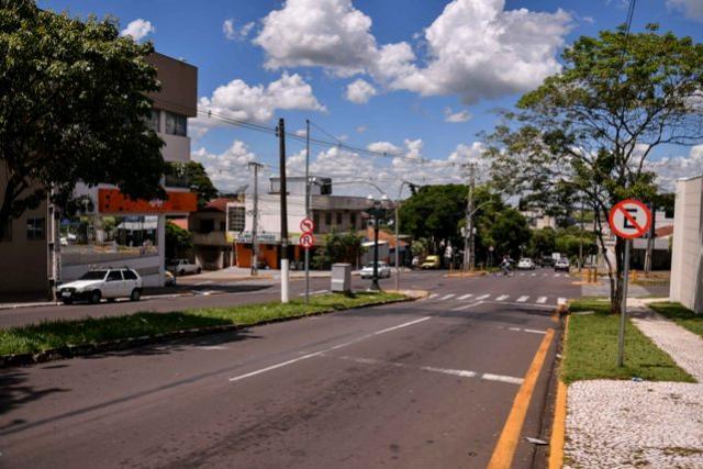 Conversão à esquerda é proibida na Paraná com Rio Grande do Sul em Umuarama