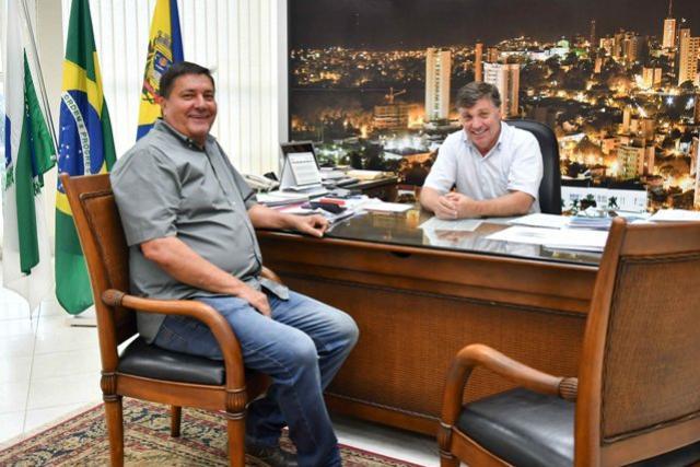 Prefeitura de Umuarama doa camarote na Expo para a SRU atender entidade