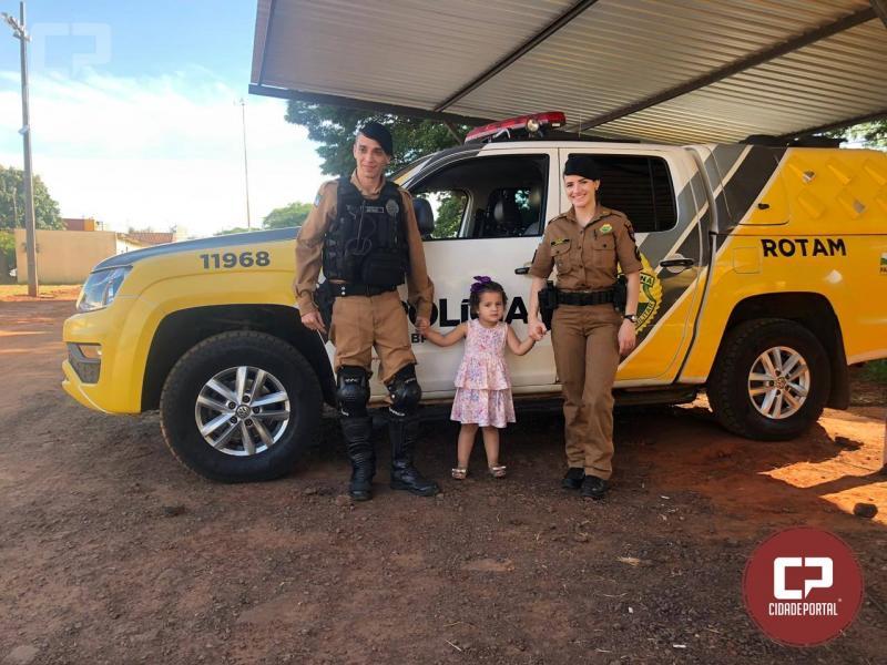 Batalhão de Polícia de Umuarama recebe visita de criança de dois anos de idade