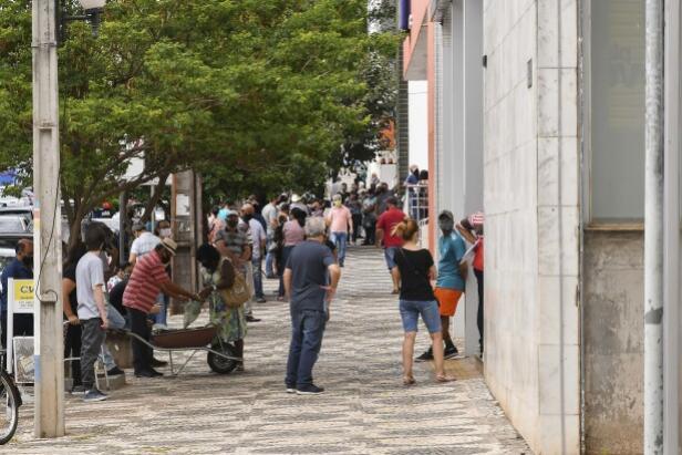 Decreto estadual traz medidas para funcionamento do comércio e serviços