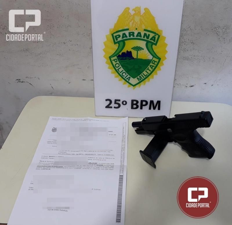 Equipes da Polícia Militar de Umuarama apreendem simulacro de arma de fogo no conjunto San Marino