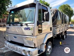Polícia militar de Perola apreende caminhão carregado com cigarros contrabandeados