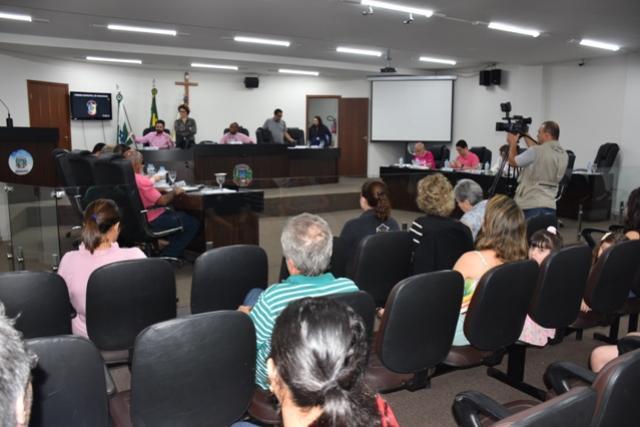Outubro em Umuarama se inicia com 11 projetos em apreciação no Parlamento Municipal