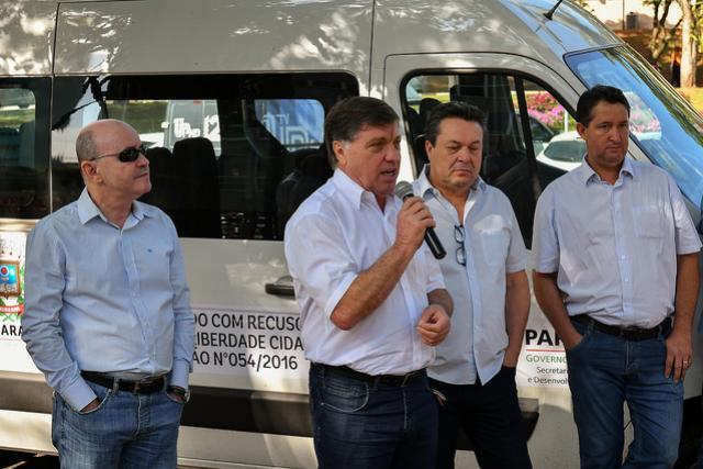 Prefeitura de Umuarama entrega mais veículos para Assistência Social, Agricultura e Procon