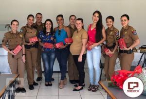 Policiais Femininas do 25º BPM participam de Chá de Rosas em comemoração ao Dia Internacional da Mulher