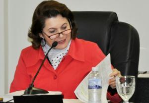 Ângela Russi destaca a importância do Biblioteca Itinerante virar Lei pela Câmara Municipal
