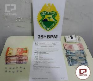Polícia Militar de Umuarama prende duas pessoas por tráfico de entorpecentes e uma por mandado de prisão