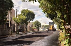 Rua do Jardim Arco-Íris recebe pavimentação em Umuarama