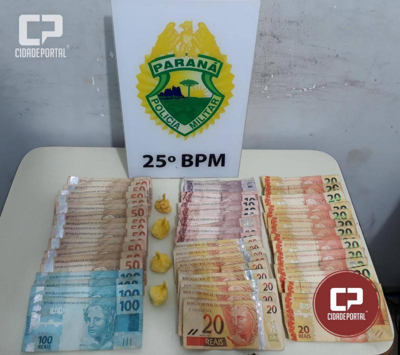 Equipes da Polícia Militar de Umuarama prendem homem por tráfico de drogas no parque industrial