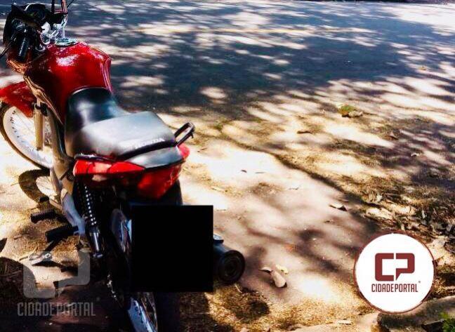Equipe RPA de Umuarama recupera motocicleta roubada e encaminha homem por receptação
