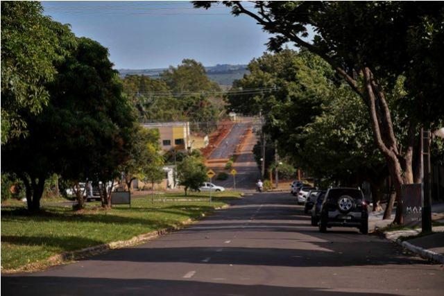 Programa de pavimentação asfáltica de R$ 2 milhões entra na reta final em Umuarama
