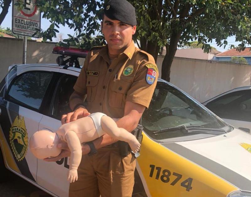 Policial Militar ajuda a desengasgar recém nascida no Parque Bandeirantes