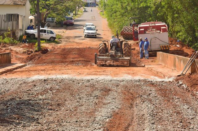 Construção de importantes pontes entra na reta final em Umuarama
