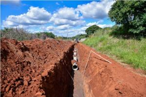 Pavimentação avança em novos trechos de ruas e avenidas de Umuarama