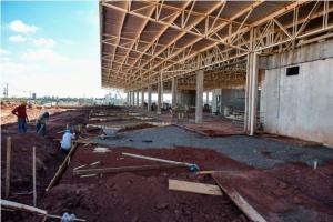 Plataformas do novo terminal rodoviário de Umuarama começam a ser concretadas