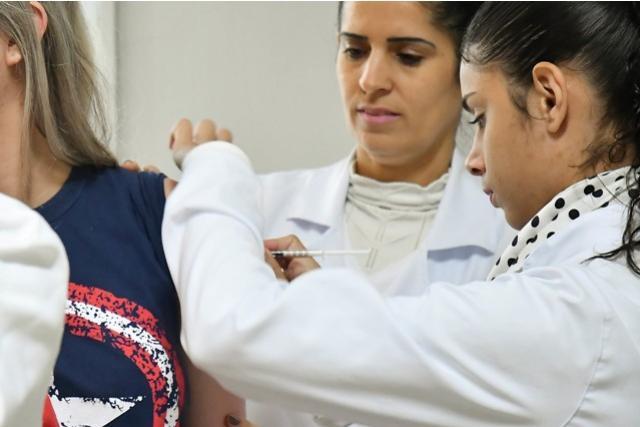 Saúde de Umuarama reforça a vacinação contra febre amarela e sarampo