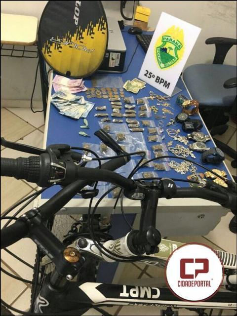Duas pessoas foram presas por equipes da Polícia Militar de Umuarama, furto, receptação e tráfico de drogas