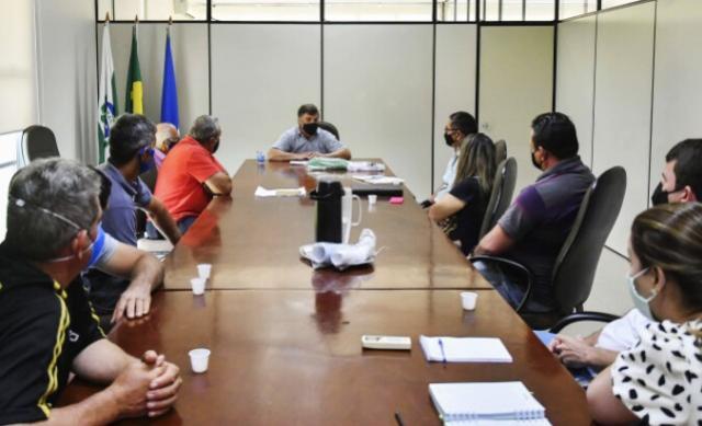 Prefeitura reforça parceria e estuda melhorias para feiras de Umuarama