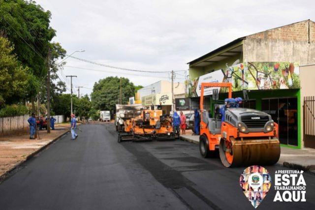 Recapeamento restaura pavimento da Rua Santo André no Jd. São Cristóvão em Umuarama