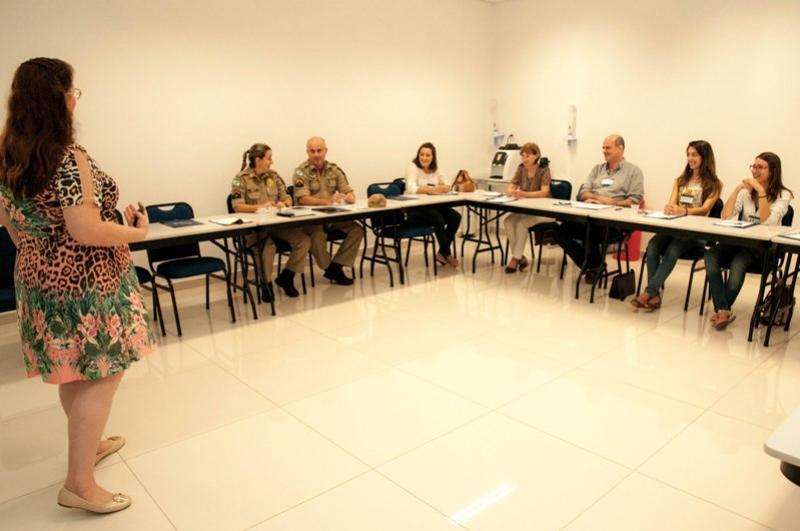 Com apoio do Sebrae, parceiros da Casa  do Empreendedor em Umuarama recebem treinamentos