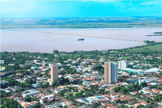 Alunos de 16 municípios disputam fase regional dos JEPS em Guaíra