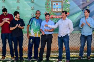 Inaugurada a mini-arena de grama sintética da Secretaria de Esportes em Umuarama