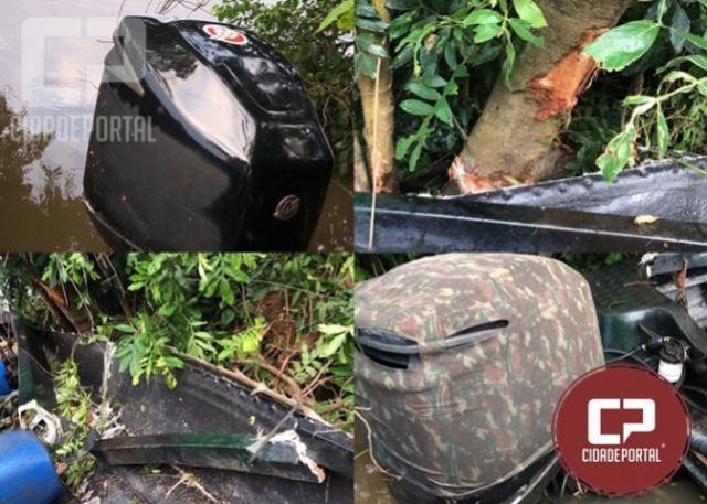 Contrabandista tenta furar o bloqueio do Rio Paraná e acaba colidindo contra árvore em Guaíra