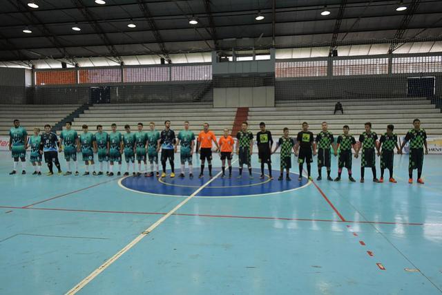 Umuarama vence no futsal Sub-17  e classifica equipes nos Jogos Abertos