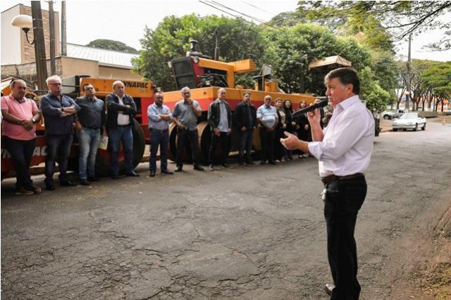 Ordem de serviço autoriza recapeamento das avenidas Apucarana e 19 de Dezembro em Umuarama