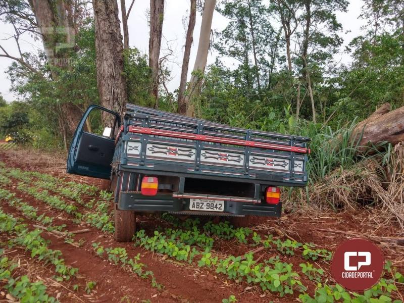 D-20 roubada em propriedade rural foi recuperada pela PM em Quarto Centenário