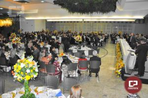 Posse da diretoria da Acicam  reuniu mais de 400 pessoas, cerimônia teve a presença da governadora