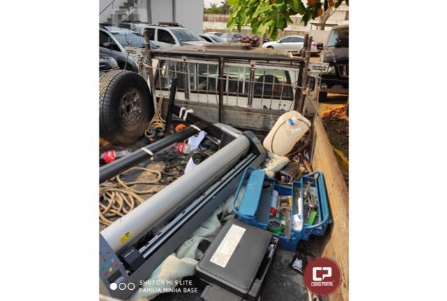 Polícia Civil de Umuarama recupera veículo e objetos furtados de empresa