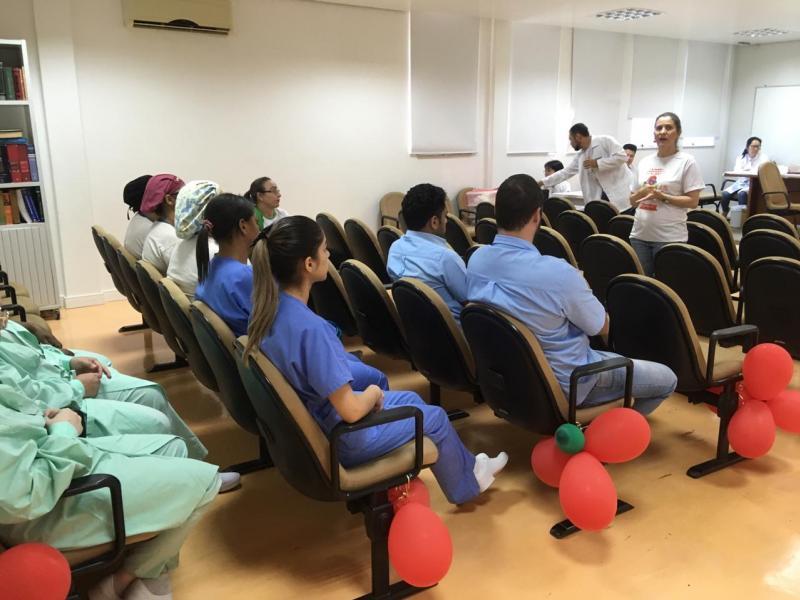 Ambulatório de Infectologia em Umuarama realiza ações para o Dia de Combate à Sífilis