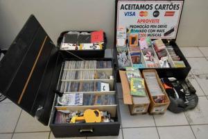 Fiscalização apreende produtos vendidos sem nota e pirateados em Umuarama