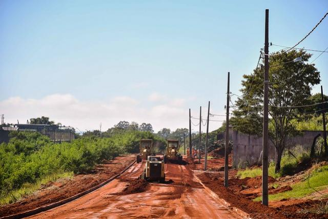 Trânsito será bloqueado para recape asfáltico nas imediações da Matriz em Umuarama
