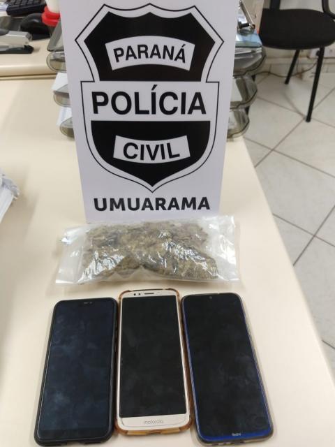 Uma pessoa foi presa em flagrante após receber drogas por correspondência em Umuarama